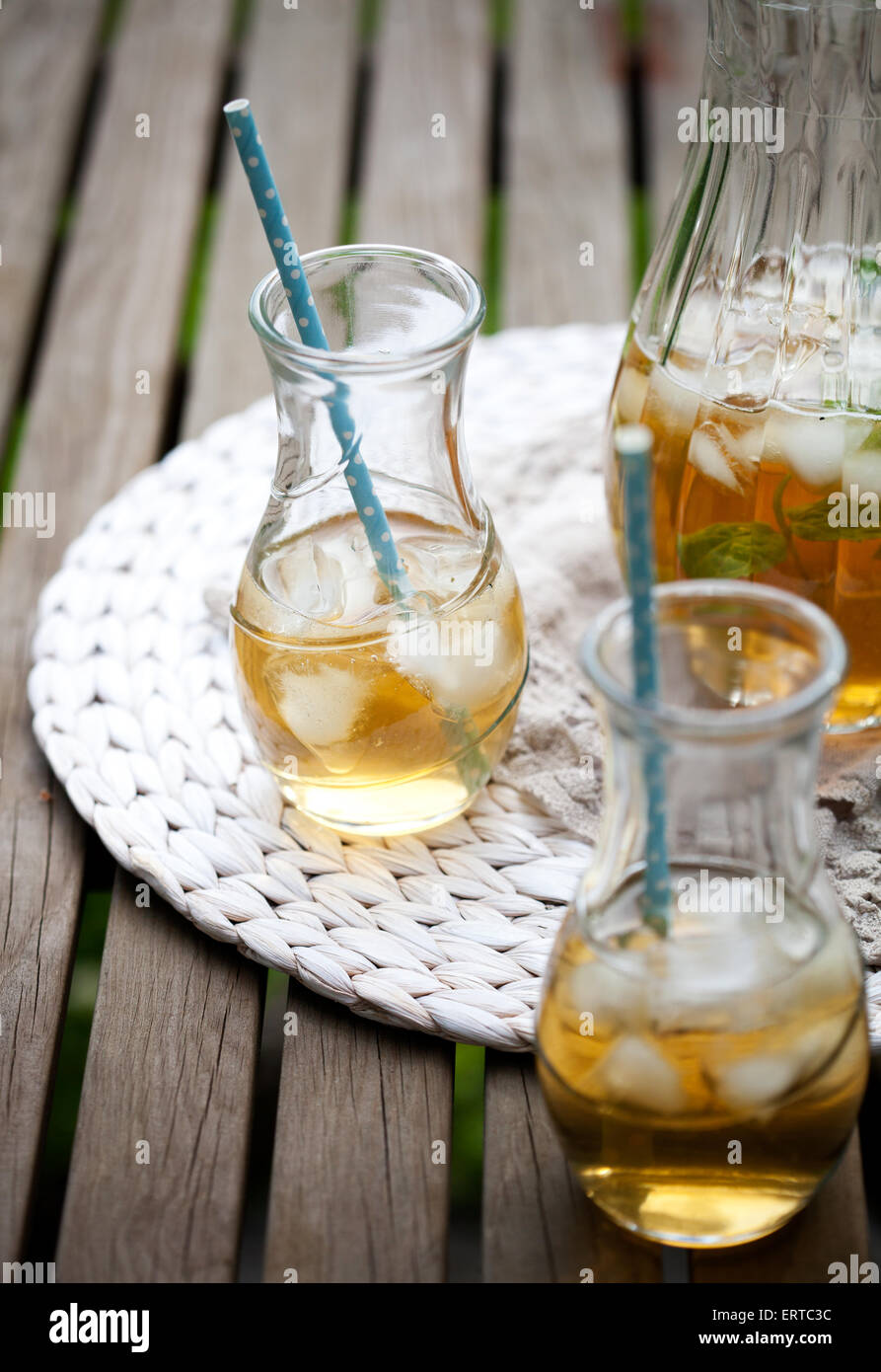 Ice tea with mint leaves - Stock Image