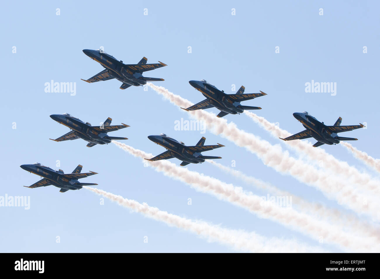 The Blue Angels flight demonstration squadron flyover prior to the 2015 US Naval Academy Graduation and Commissioning - Stock Image