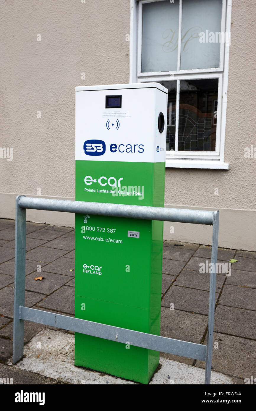 esb ecar electric car charging point Cootehill County Cavan Republic of Ireland - Stock Image