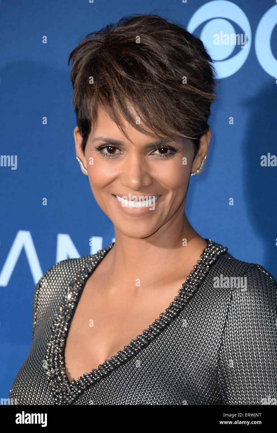 Halle Berry Nude Pics and Videos - - Top Nude]