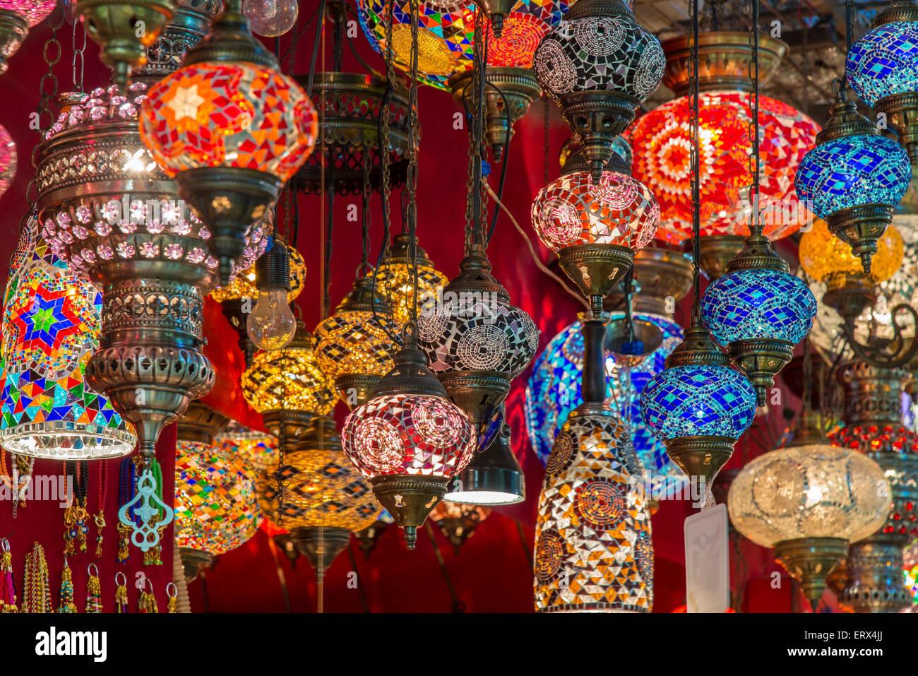 Lanterns hanging in a shop inside the Grand Bazaar (Kapalıcarsi), Istanbul, Turkey - Stock Image