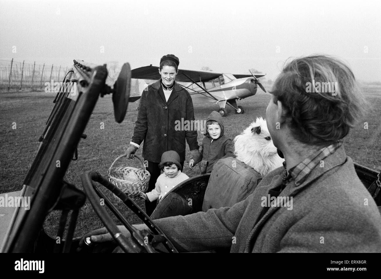 Mrs Diana Freeman from Headcorn, Kent set out to obtain her Pilot's license to make use of the old Battle of - Stock Image