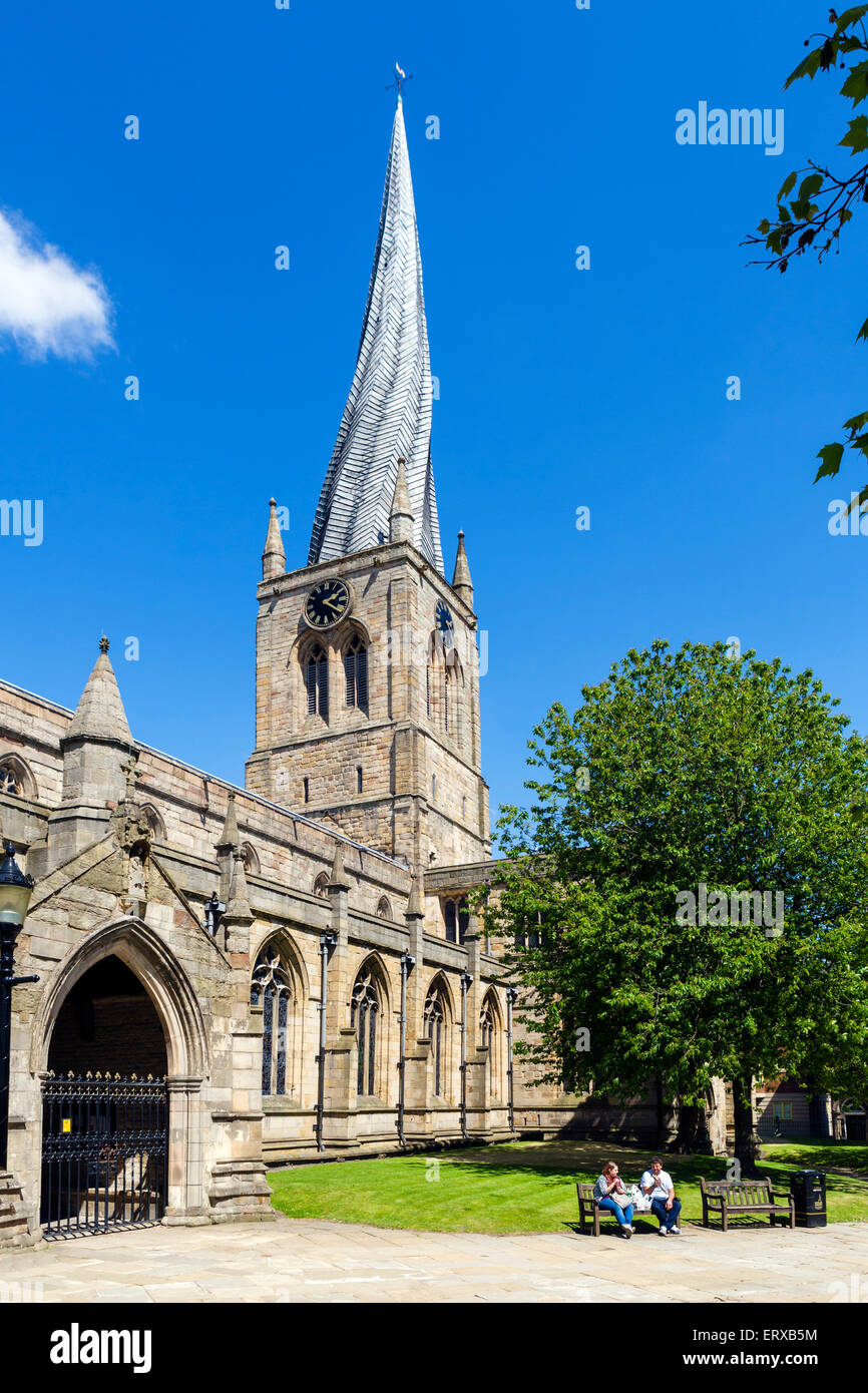 The Church of St Mary and All Saints with its famous Crooked Spire, Chesterfield, Derbyshire, England, UK - Stock Image