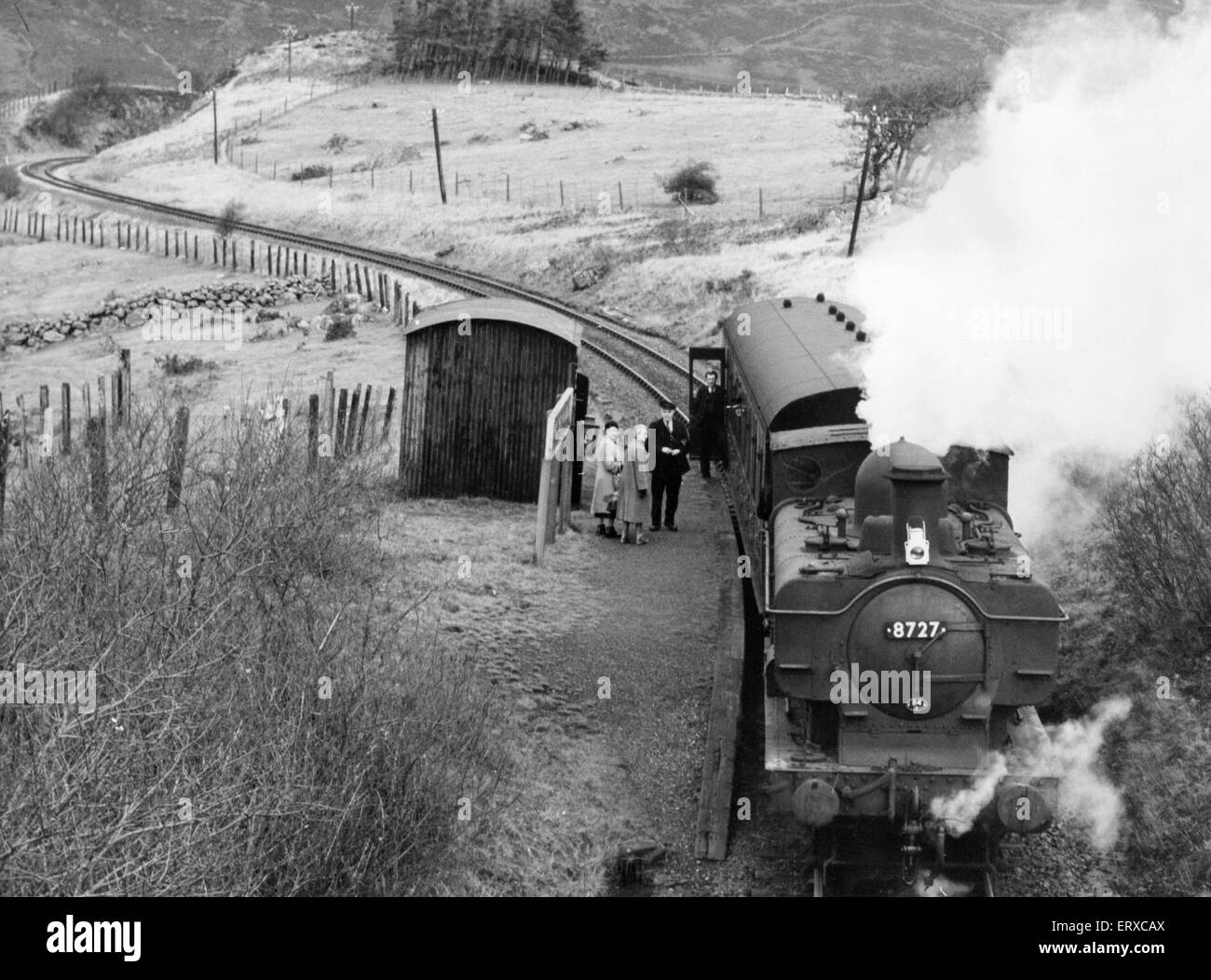 Capel Celyn Halt, the last train on the Bala-Blaenau Ffestiniog railway line before the valley was flooded. January Stock Photo