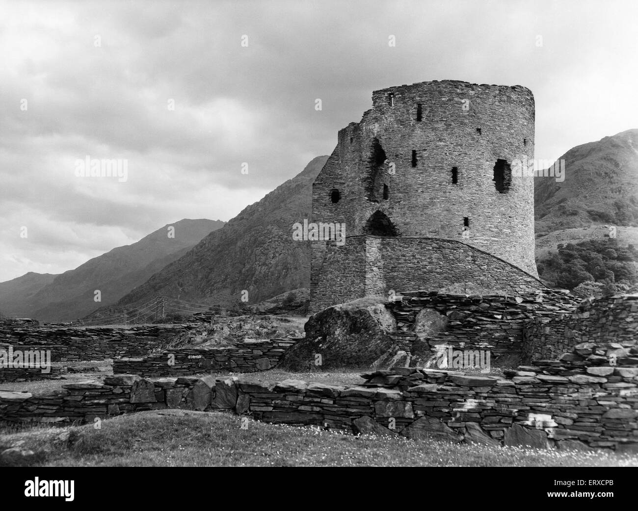 Dolbadarn Castle,  located at the base of the Llanberis Pass, in North Wales, Gwynedd ,5th August 1959. - Stock Image