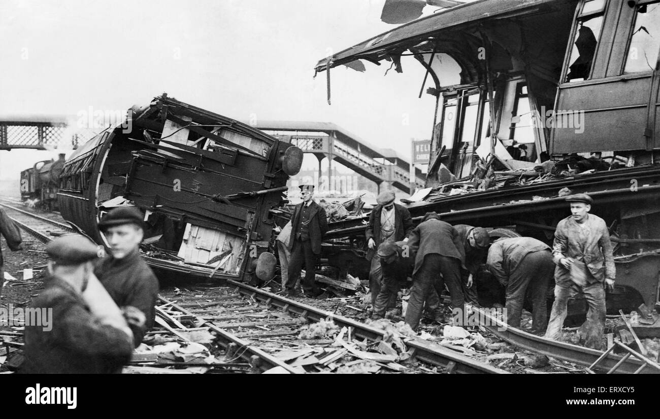 Welwyn Garden City train crash. The crash occurred at 11.28pm on 15 June 1935. When the 10.58 train from London - Stock Image