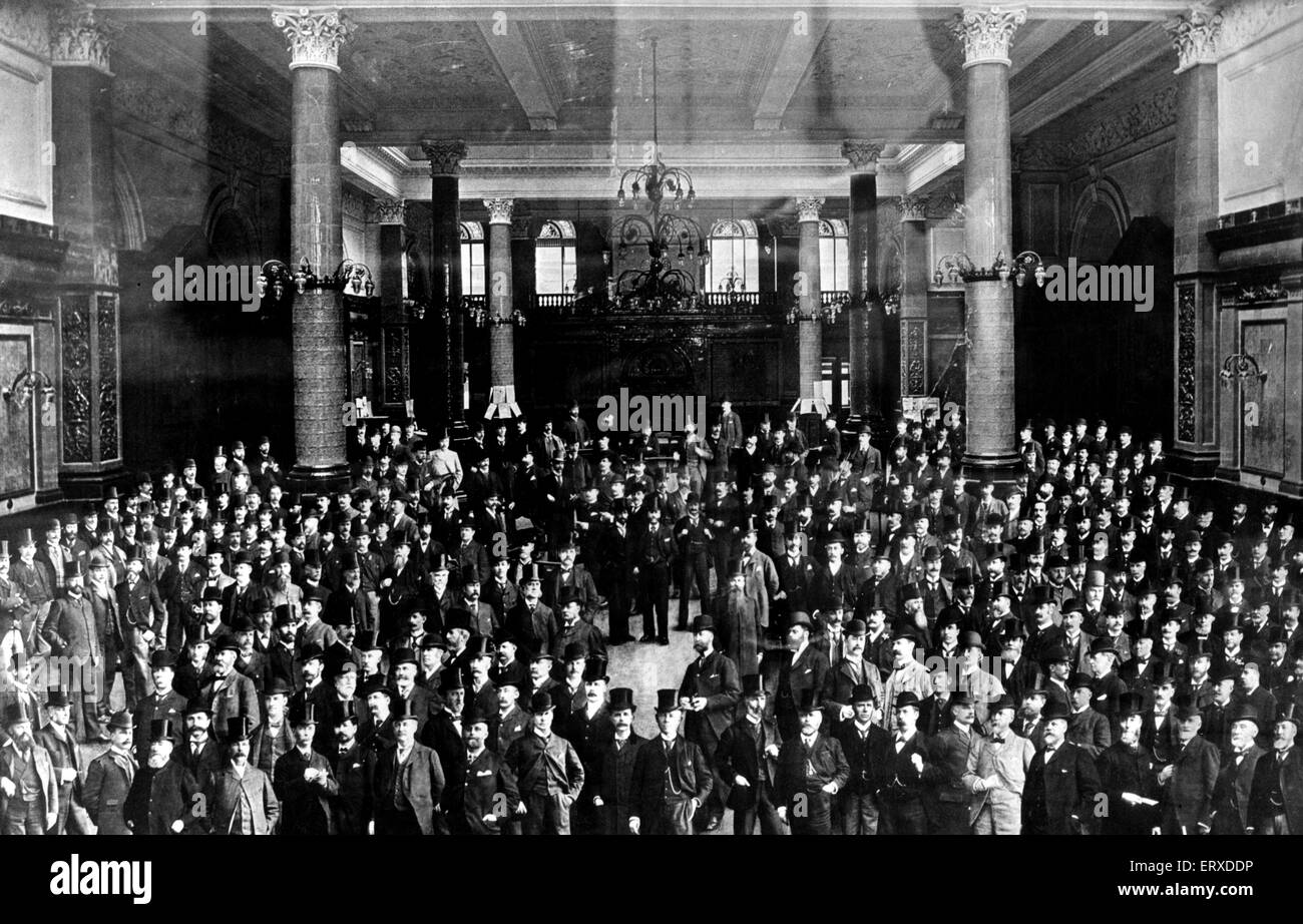 The Liverpool Cotton Exchange in 1896 - when the majority of members wore top hats. Circa 1896. - Stock Image