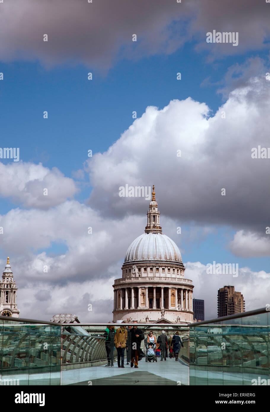 A view of St. Paul's cathedral from the Millenium Bridge, London. - Stock Image