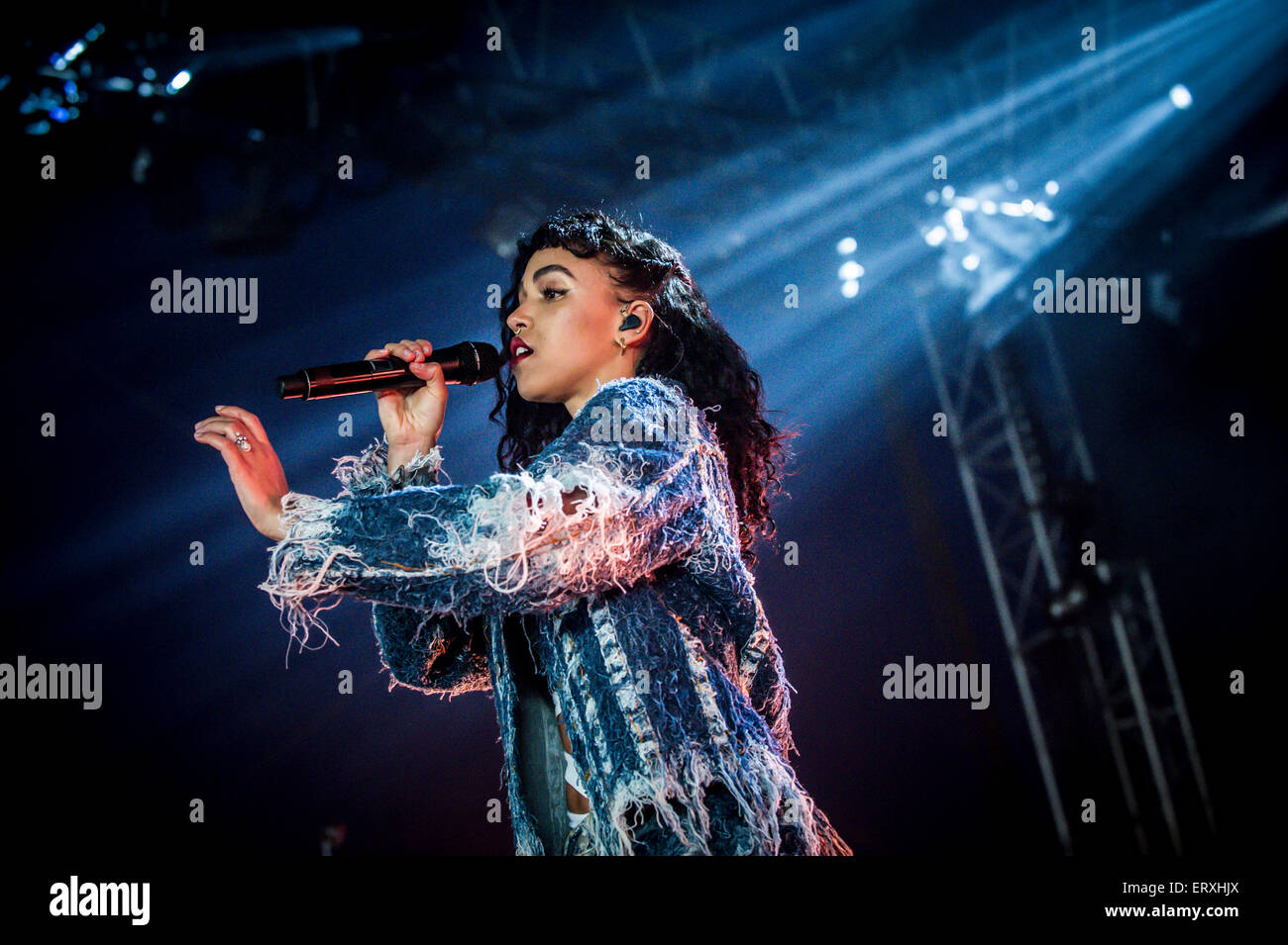 FKA Twigs performing at the Parklife 2015 music festival in Heaton Park, Manchester on Sunday 7th June 2015 - Stock Image
