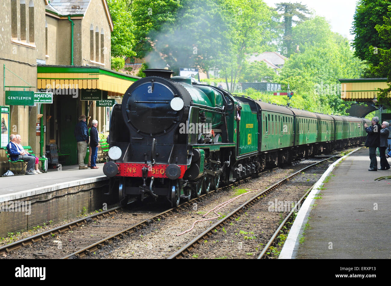 Preserved steam locomotive No 850, Lord Nelson arrives at Alresford on the Mid Hants Railway, Hampshire, England - Stock Image