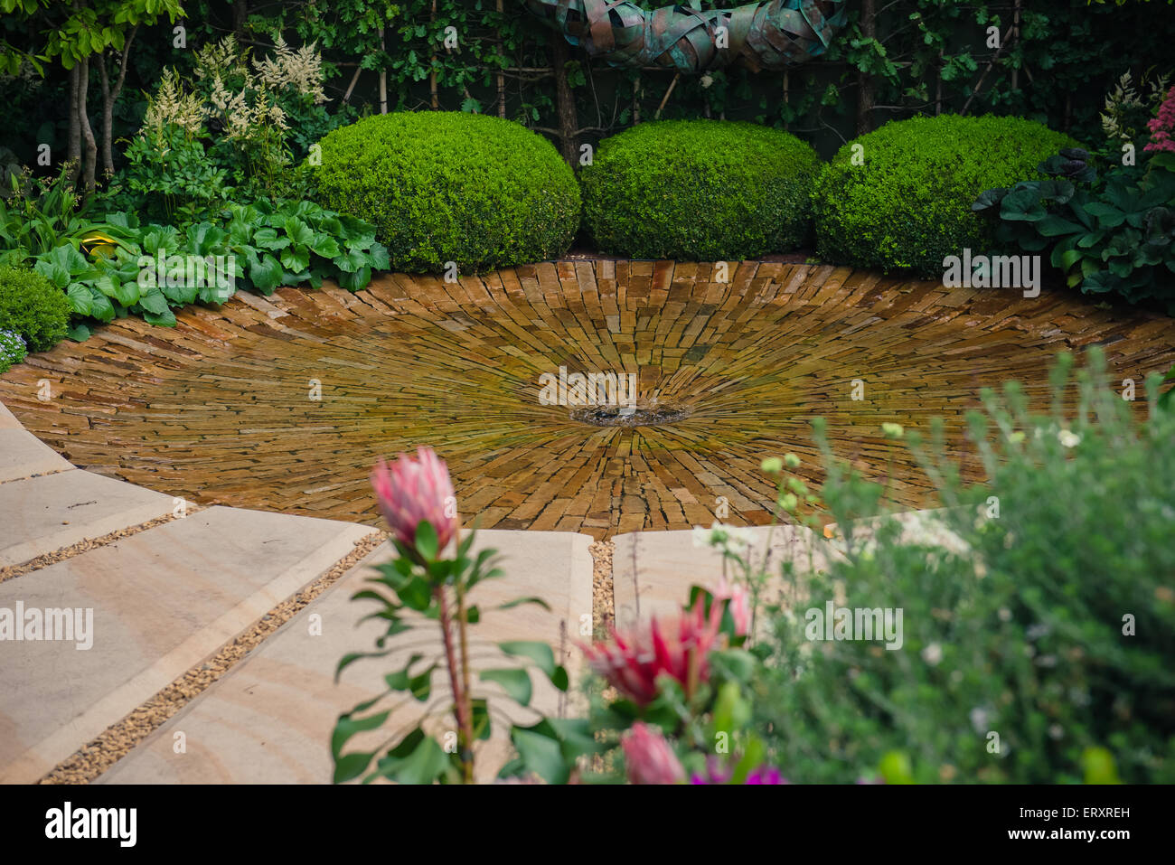 2015 RHS Chelsea Flower Show, The Time In Between by Husqvarna and Gardena, designed by Charlie Albone - Stock Image