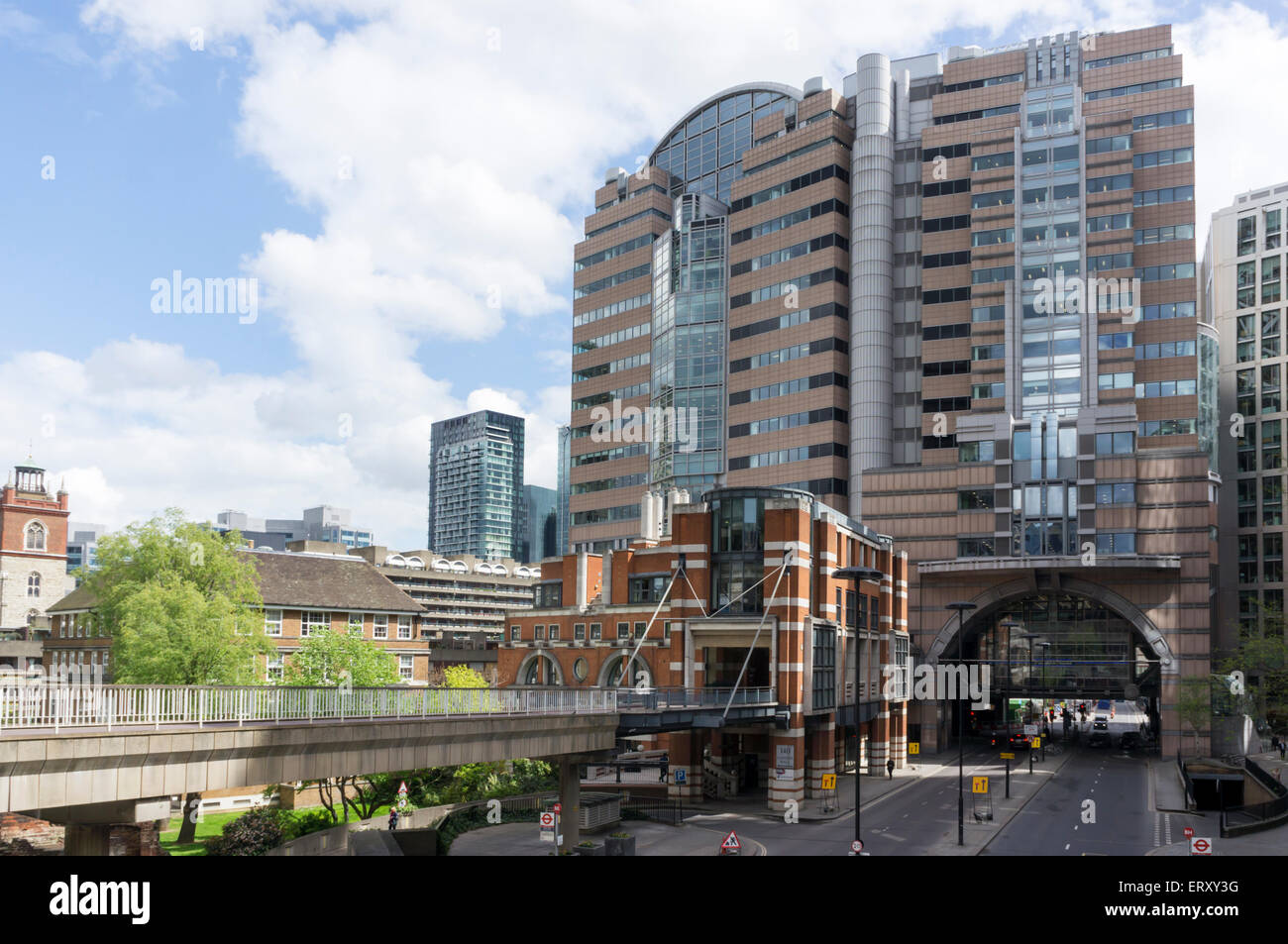 125 London Wall or Alban Gate office development designed by Sir Terry Farrell. - Stock Image