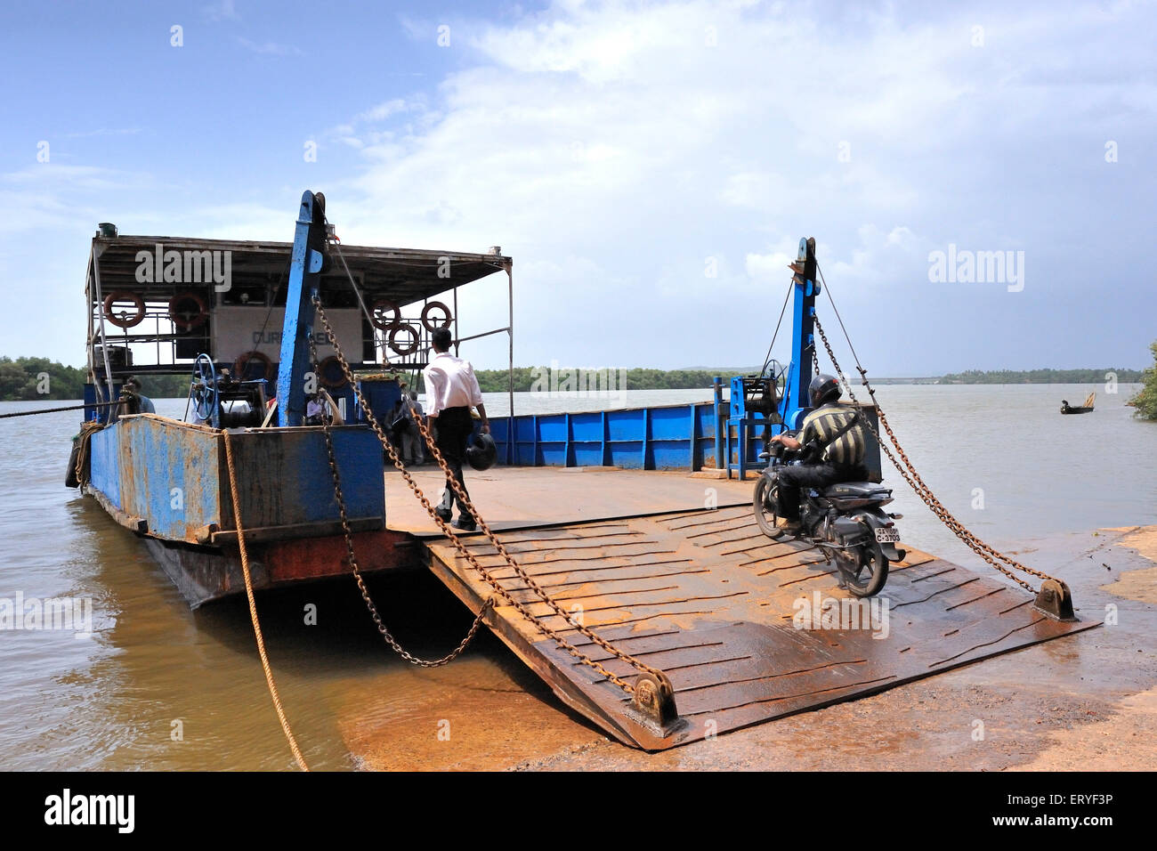 Shipping ; ferryboat in river Madovi ; Old Goa ; India - Stock Image