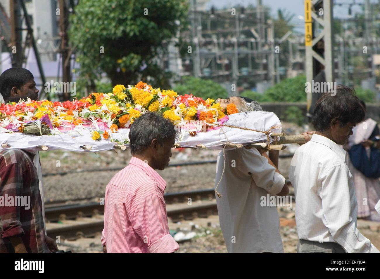 Hindu Dead Body Crematorium Stock Photos Hindu Dead Body