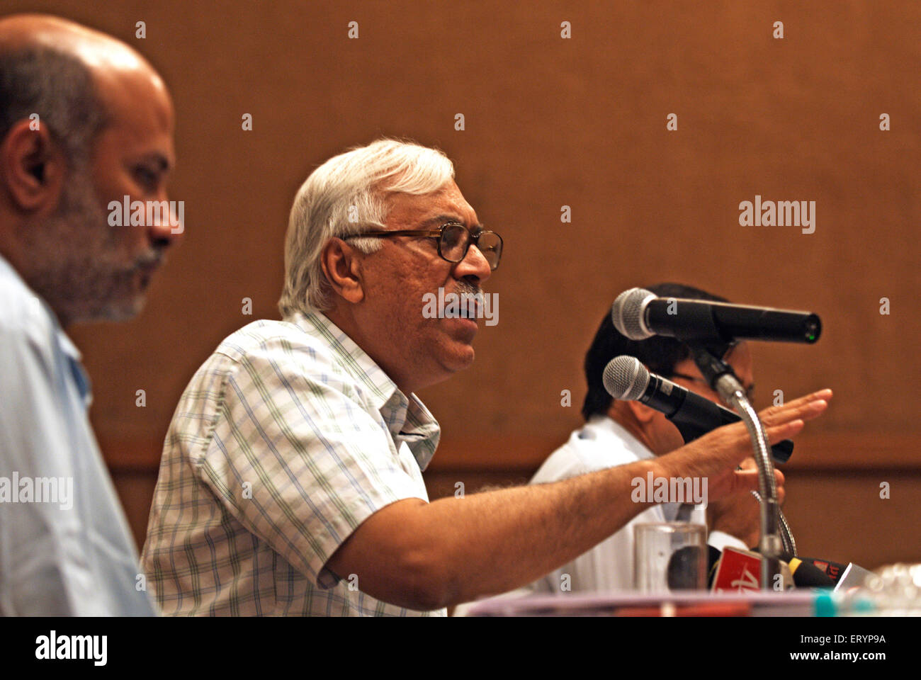Election Commissioner S.Y. Quraishi ; India NO MR 1 April 2009 - Stock Image