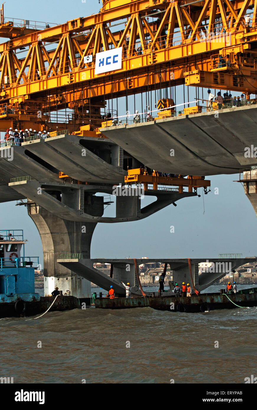 Giant iron truss used to lift last block in construction Bandra Worli Sea link at Worli Bombay Mumbai - Stock Image