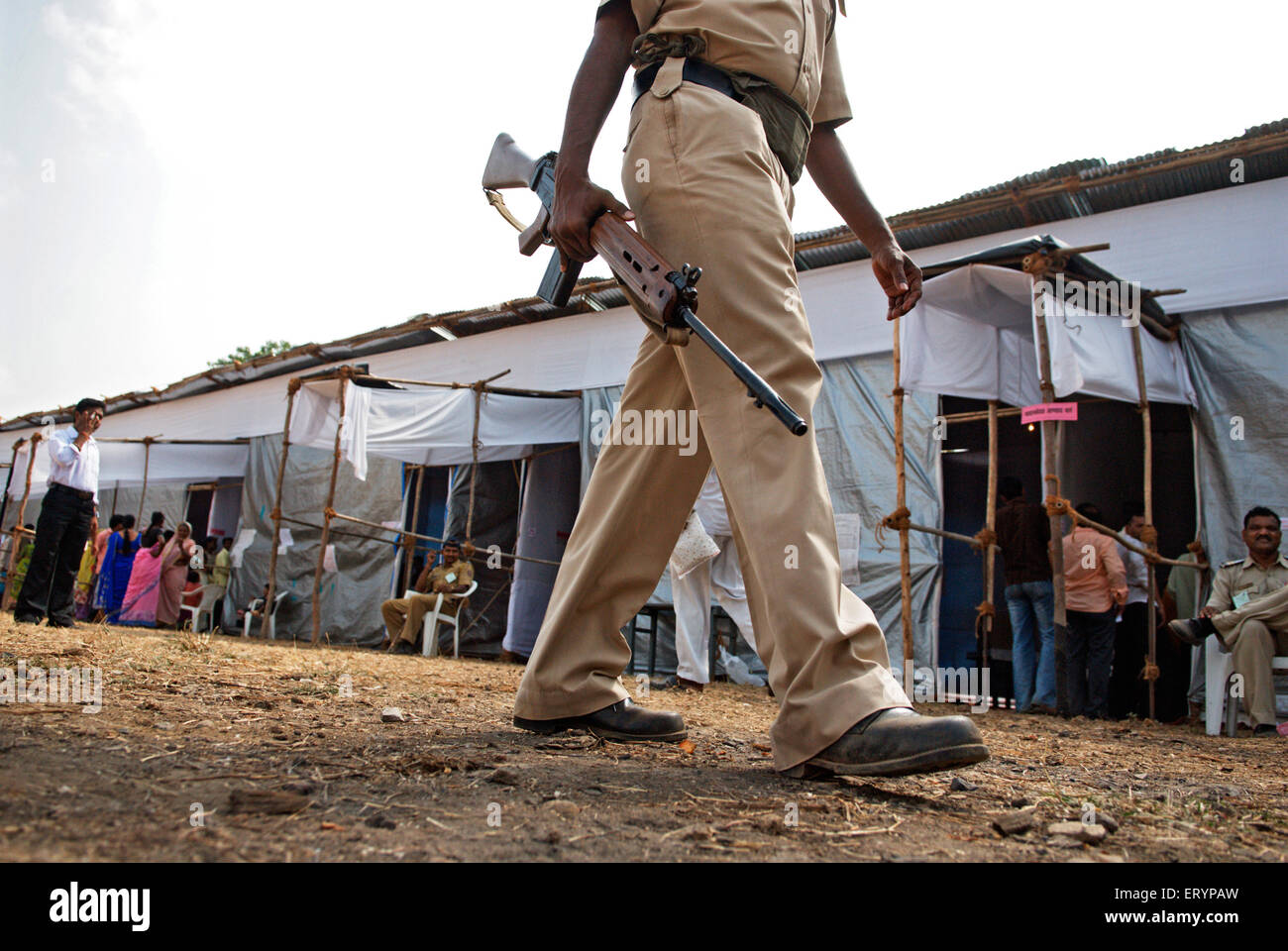 Police security during elections ; Bombay Mumbai ; Maharashtra ; India 30 April 2009 - Stock Image