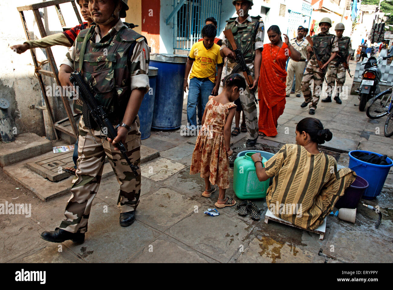 Mumbai police and Indo Tibetan border force ITBF commandos at arthur road jail in Bombay Mumbai - Stock Image