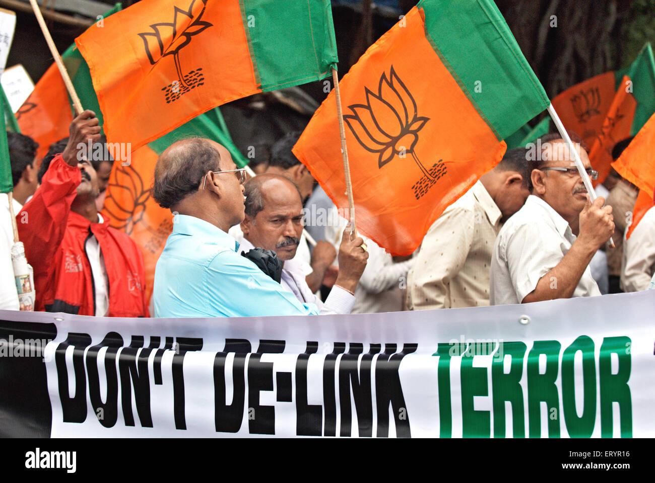 Bharatiya janata party bjp activists protesting against 26/11 terrorists attack ; Bombay Mumbai - Stock Image