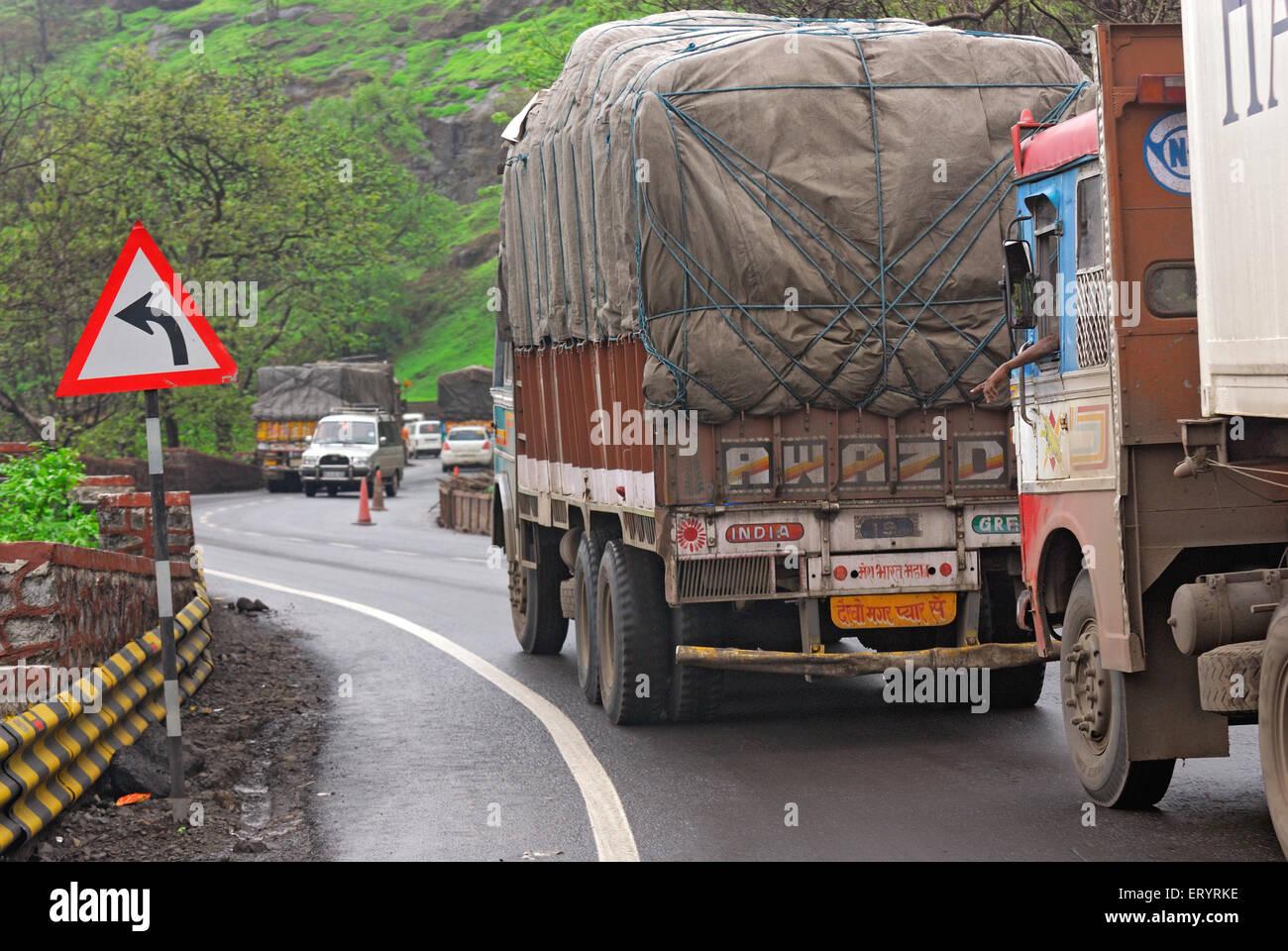Keep left signboard on Mumbai Nashik expressway ; Bombay Mumbai ; Maharashtra ; India 4 July 2009 - Stock Image
