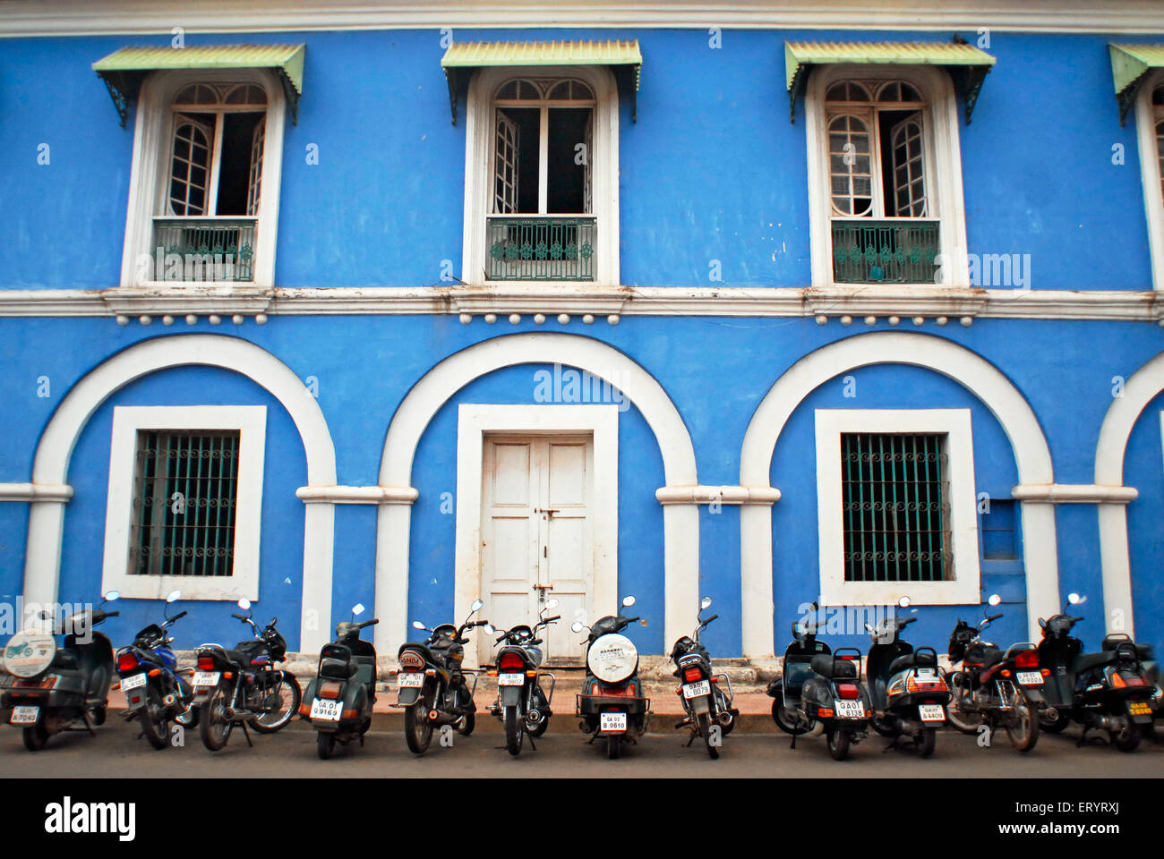 Panjim Or Panaji Stock Photos Images Alamy Full Bike Pato Fx 4 Vehicles Parked In Front Of Old Colonial Building Goa India 6