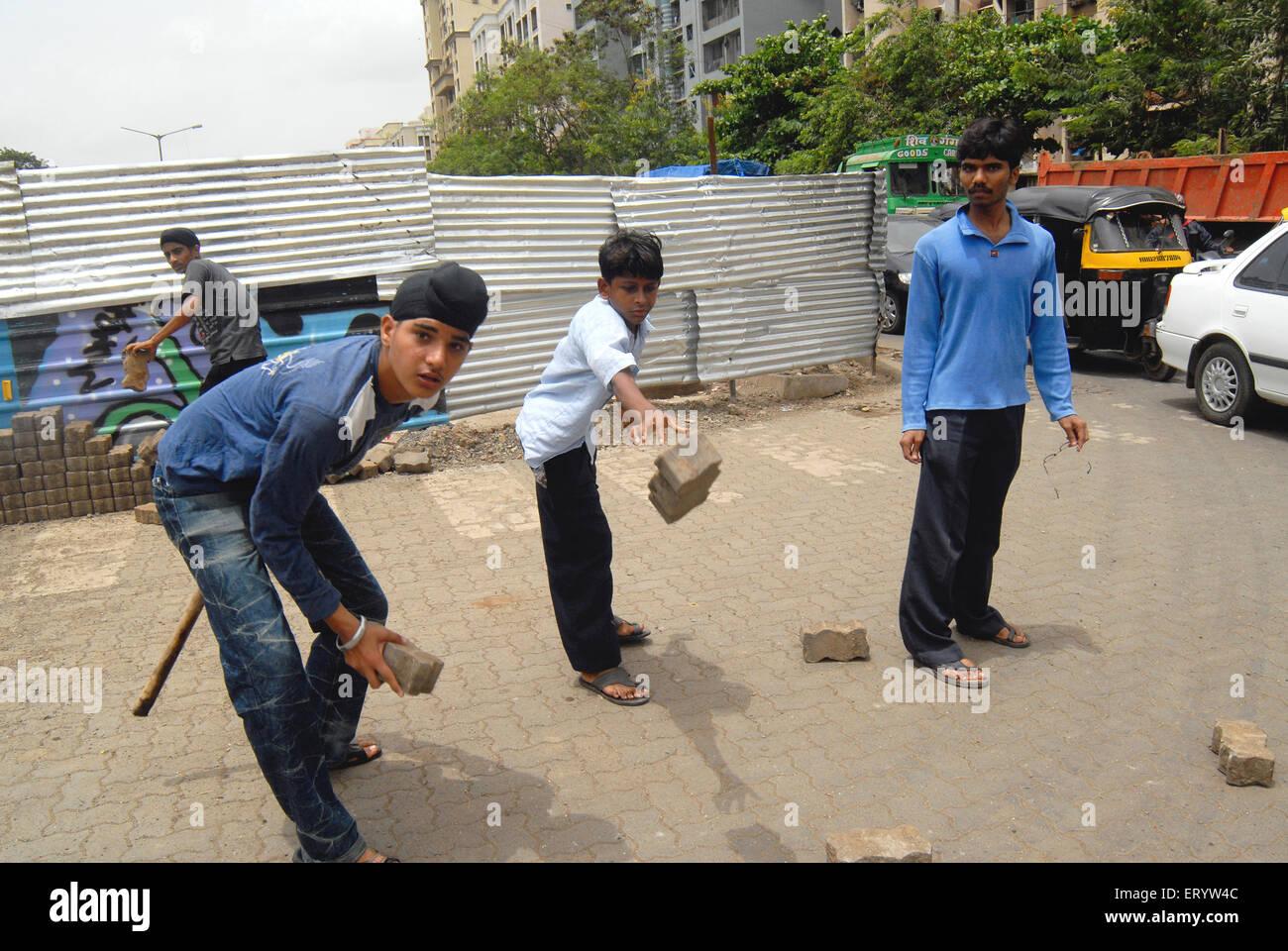Sikh community protest against firing bodyguard of dera saccha sauda chief ram rahim at Mulund in Bombay Mumbai - Stock Image