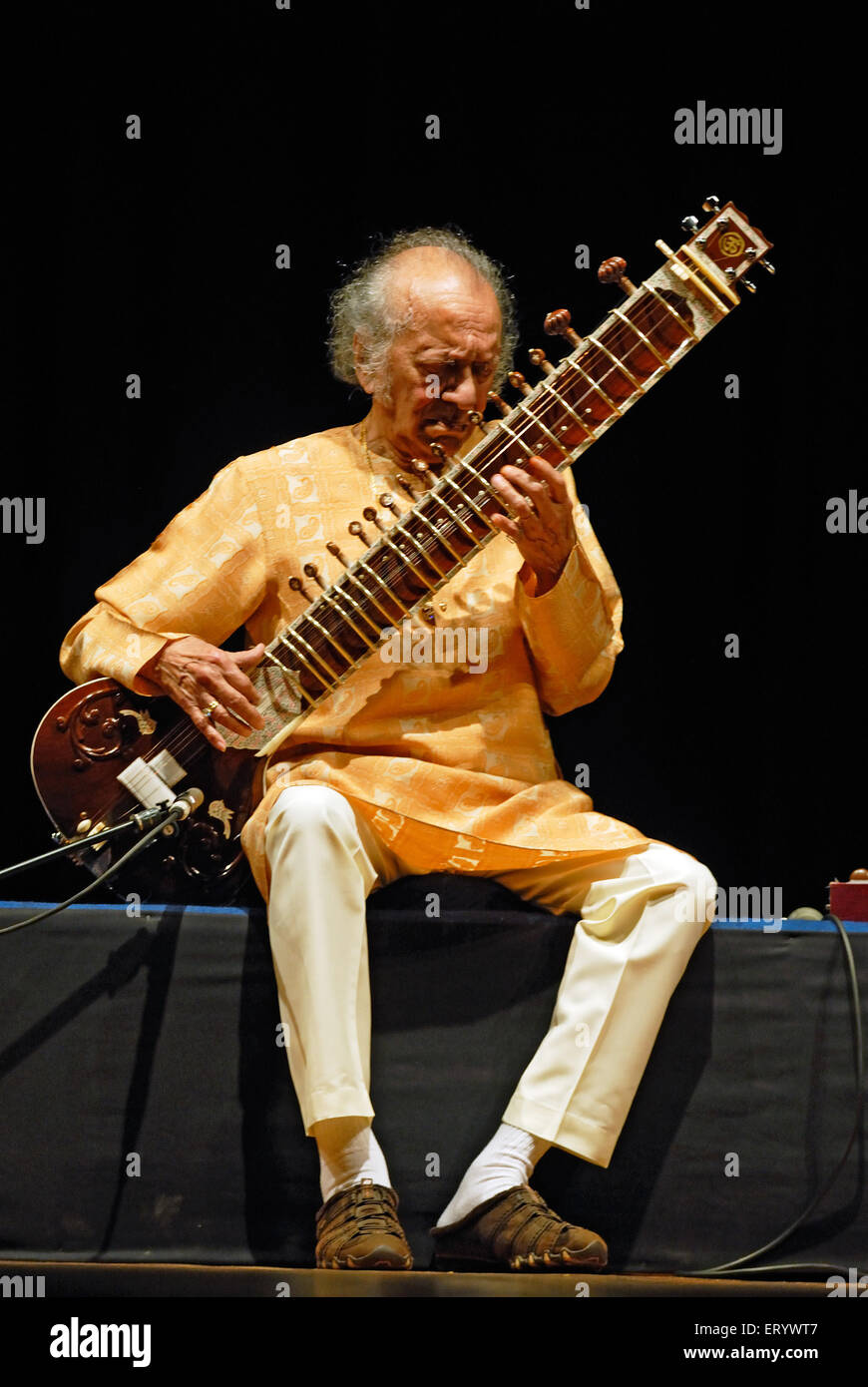 Pandit Ravi Shankar indian classical music maestro - No model release - only for editorial use Stock Photo