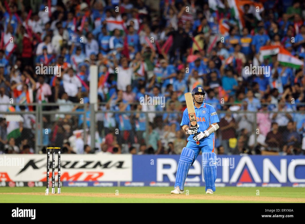 Indian batsman Sachin Tendulkar  2011 ICC World Cup Final Sri Lanka Wankhede Stadium Mumbai - Stock Image