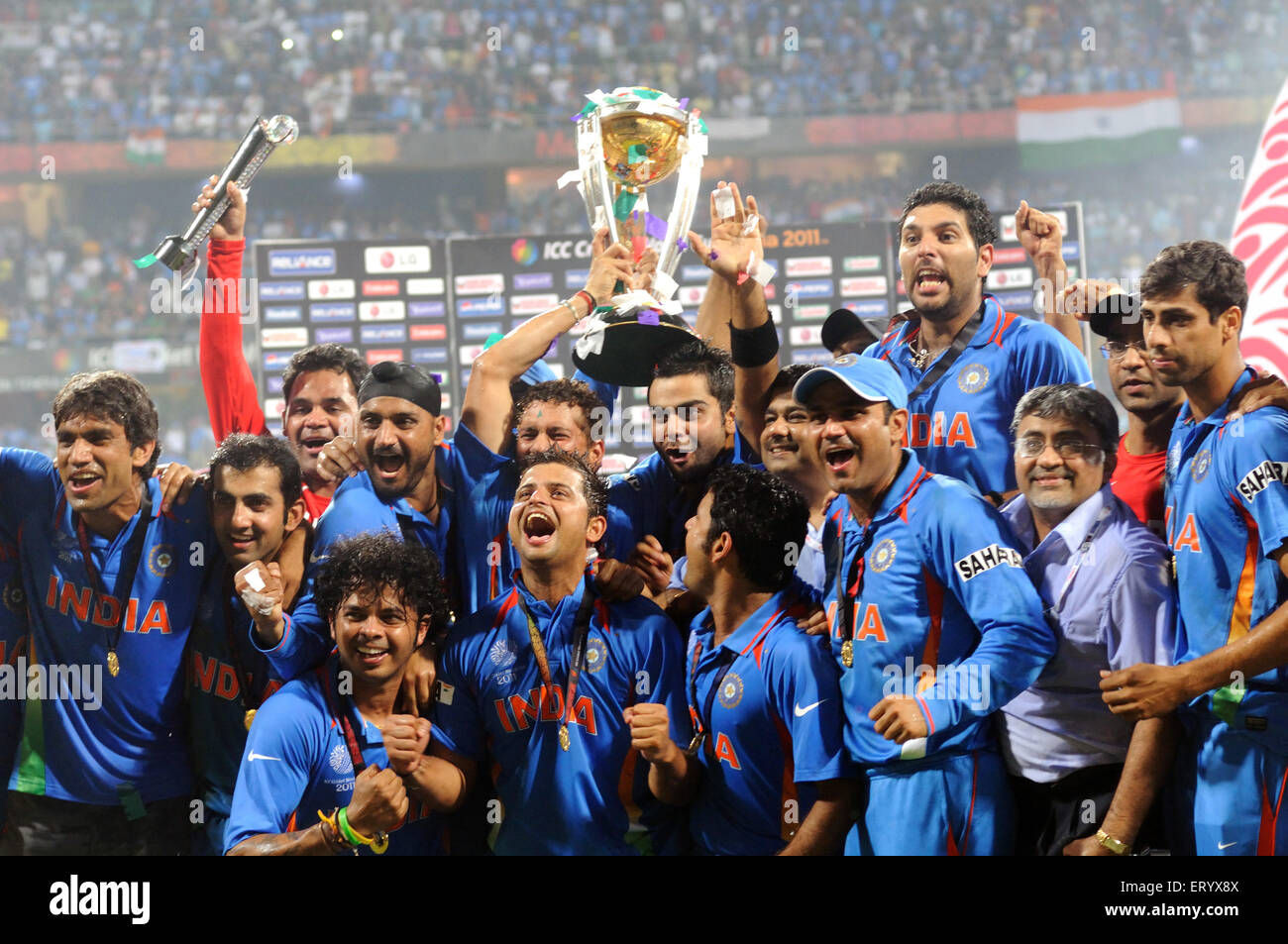 Cricketers Celebrate Icc World Cup Trophy Beating Sri Lanka