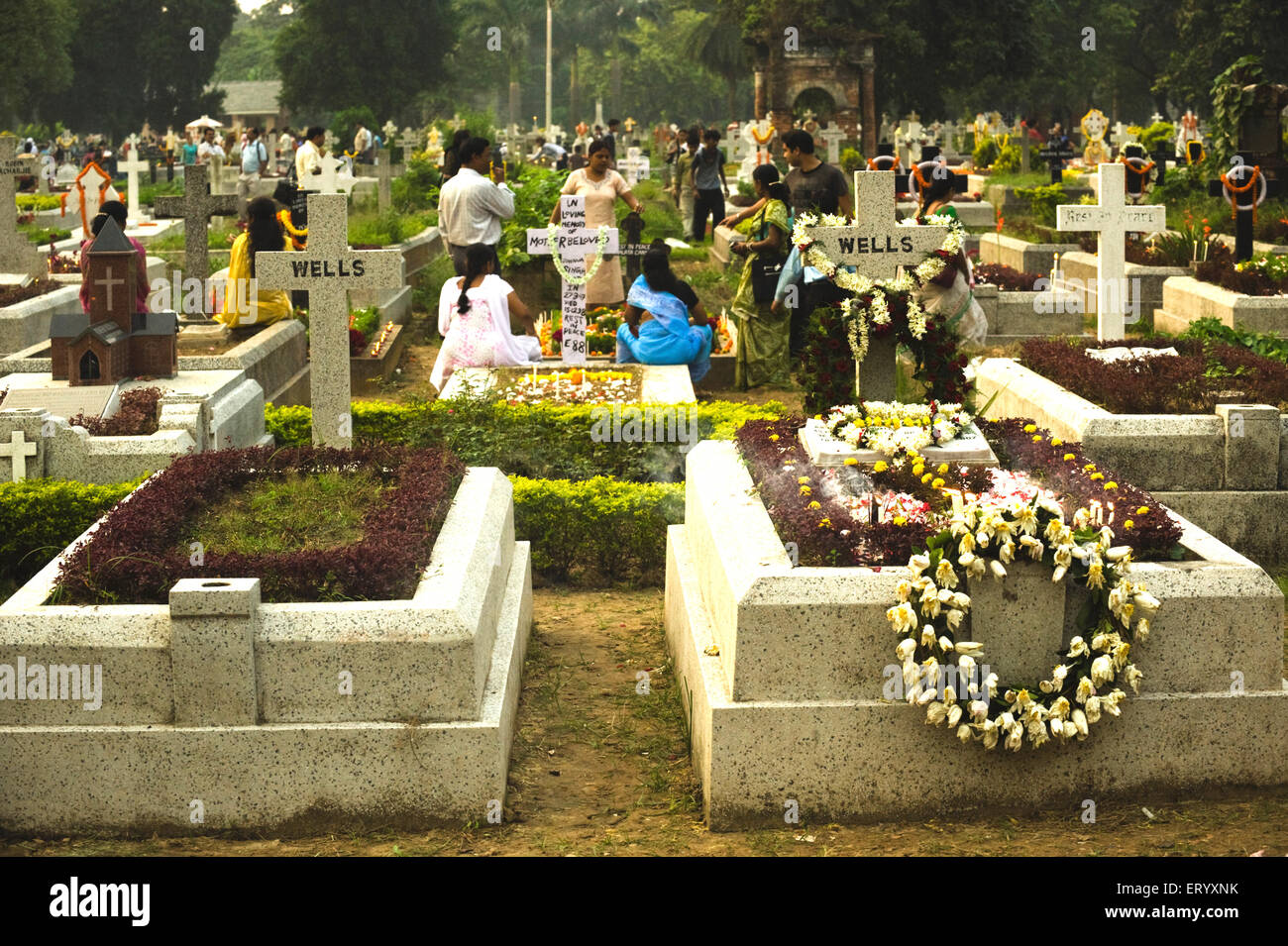 All souls day assembly at bhowanipur cemetery by mourning Christians Calcutta Kolkata ; West Bengal ; India - Stock Image