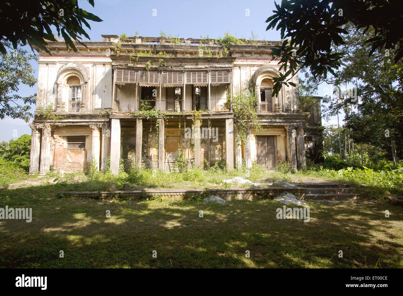 Very old  guest house neglected ; Murshidabad ; West Bengal ; India Heritage Site - Stock Image
