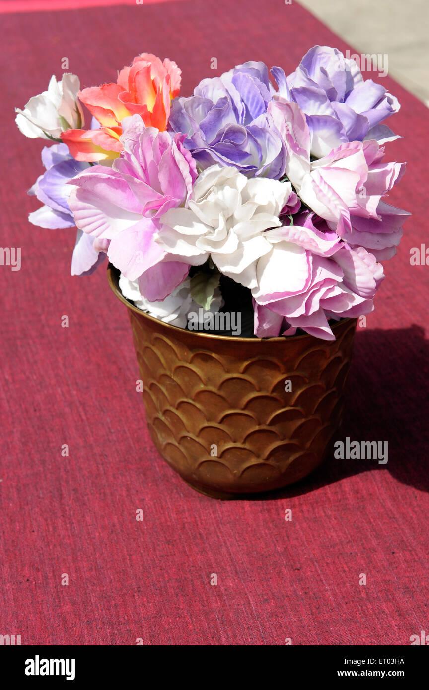Flower vase ; Dhukur Pokhari Pisang ; Nepal - Stock Image
