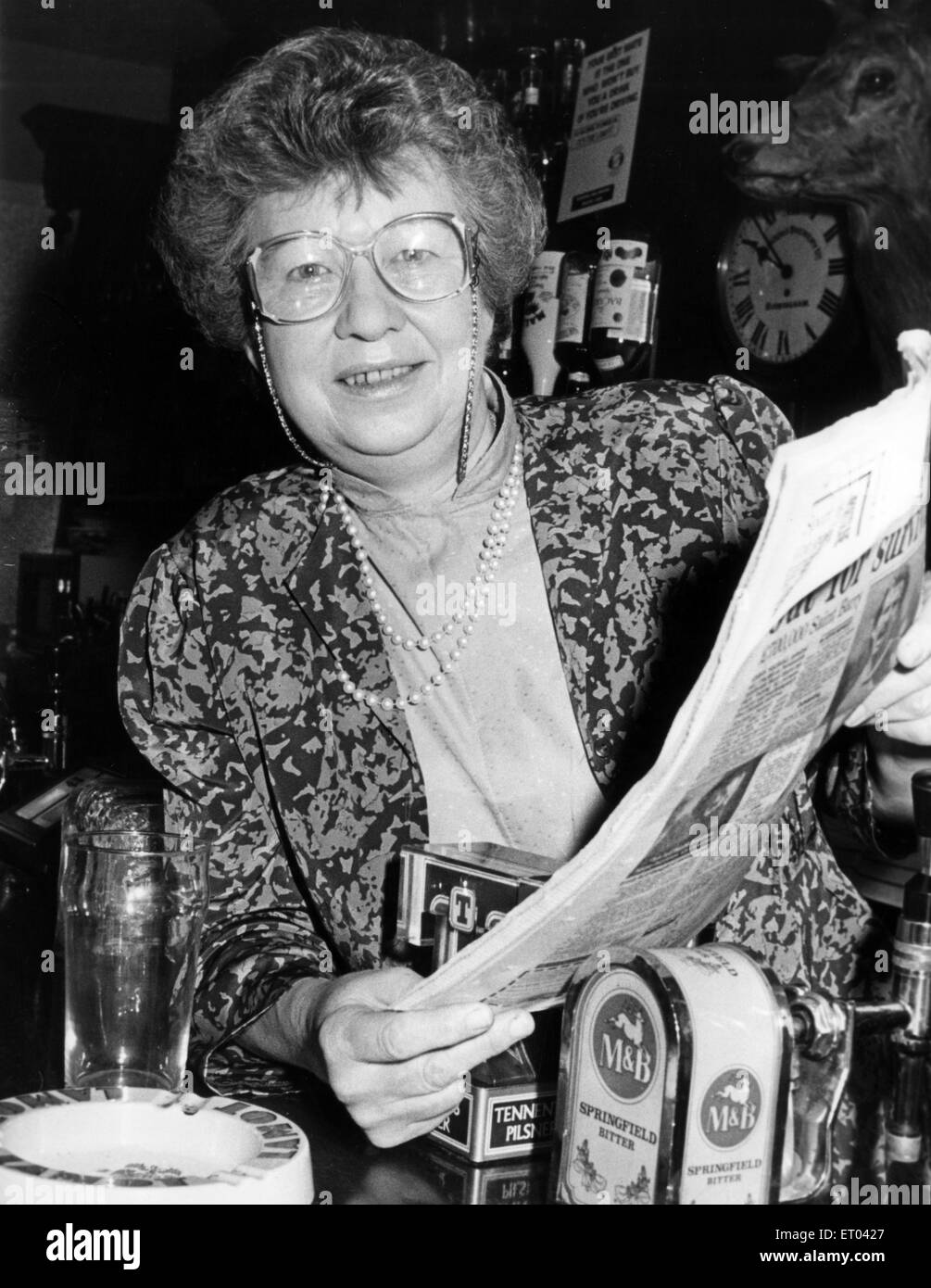 Birdie Wynne, Land Lady of The Stag, Bishop Street, Coventry, 20th March 1989. - Stock Image