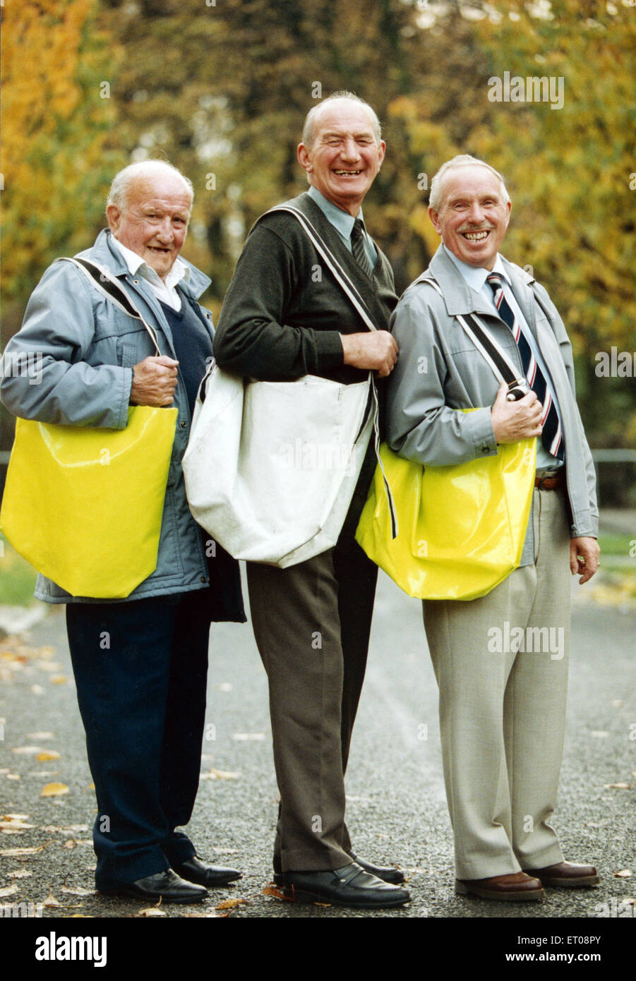 Three older paper boys.. Andy Murphy, George Hedley and Jack Davies in Birtley. 15th November 1995. - Stock Image