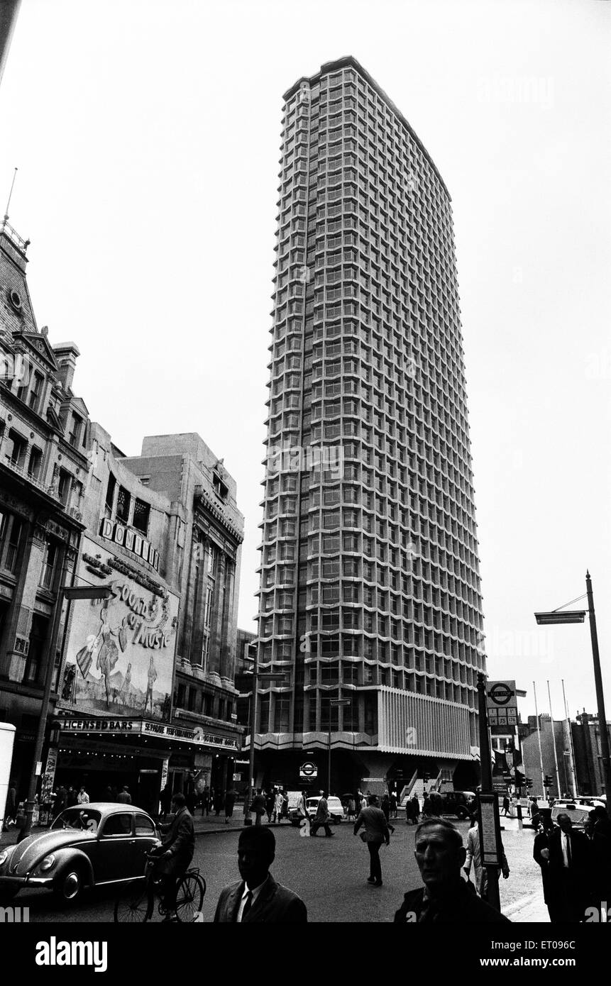 Centre Point, 101-103 New Oxford Street, Cambridge Circus, London, 4th May 1967. - Stock Image