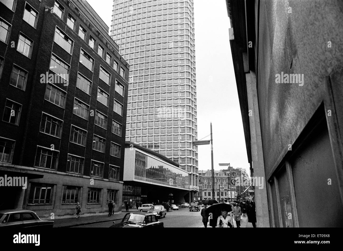 Centre Point, 101-103 New Oxford Street, Cambridge Circus, London, 4th May 1967. Stock Photo