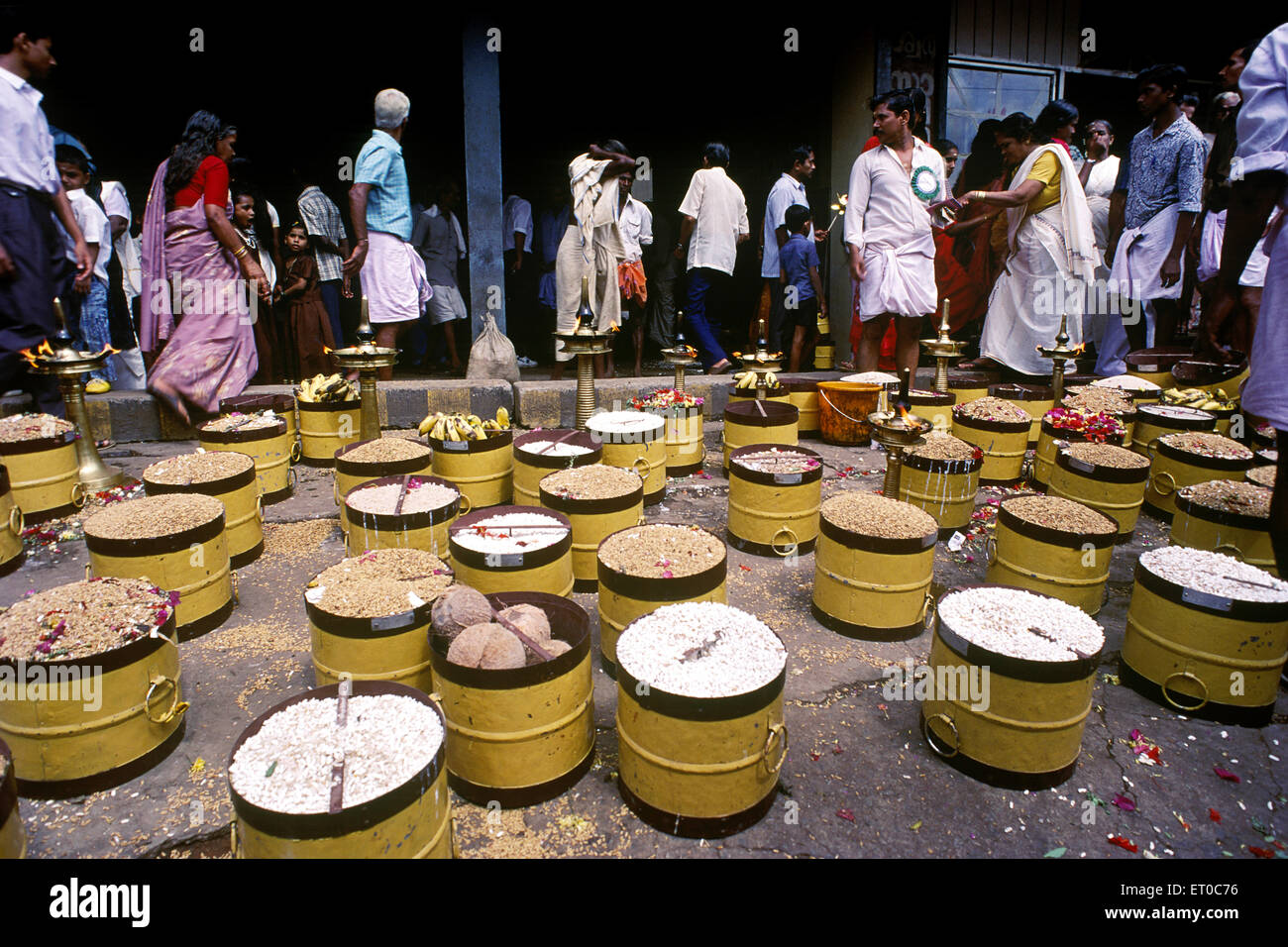 Para offering one full measure of paddy to lord in Pooram festival in Thrissur Trichur ; Kerala ; India - Stock Image