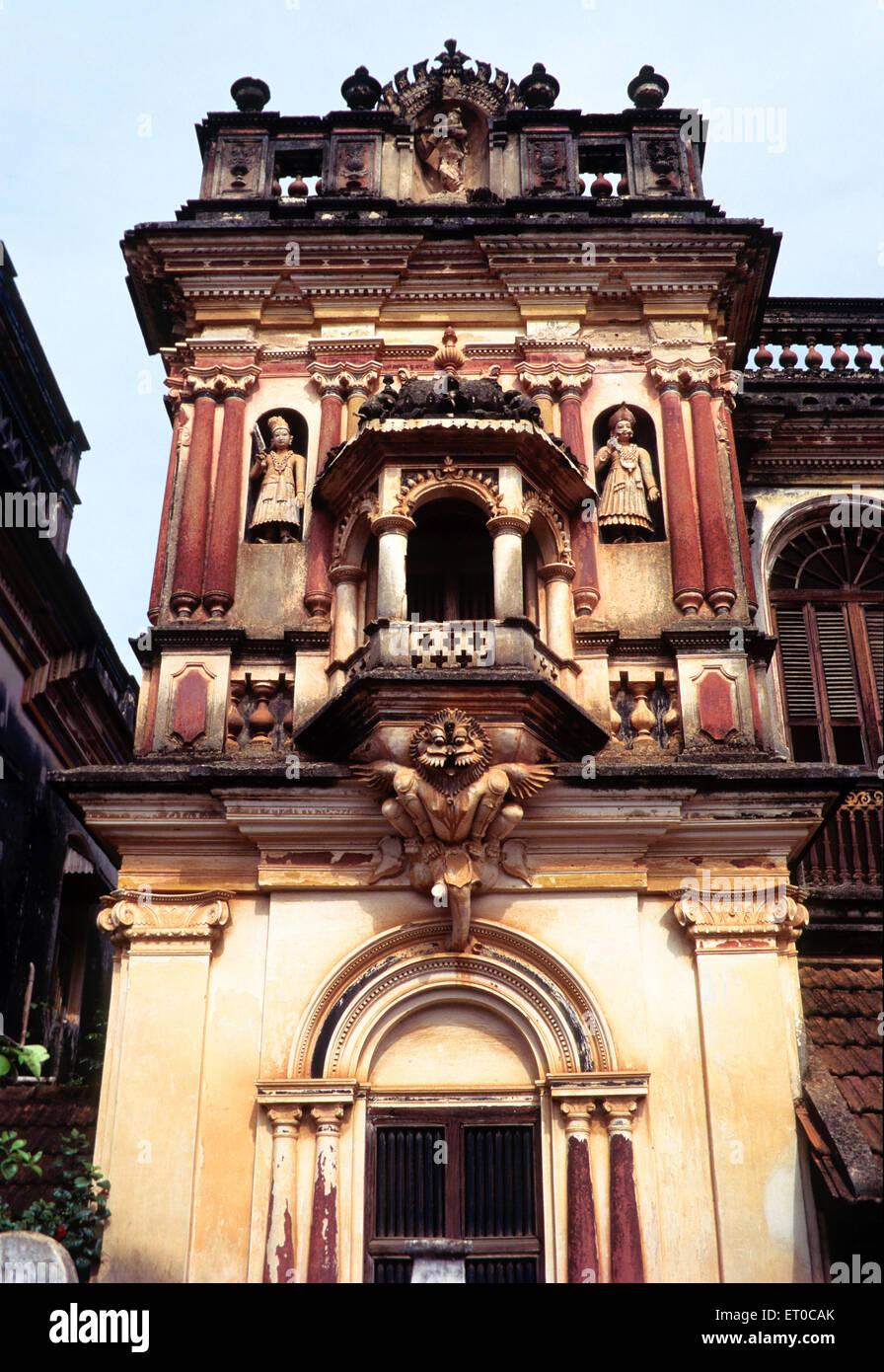 Statues carved on nattukottai chettiar or nagarathar house ; Chettinad ; Tamil Nadu ; India - Stock Image
