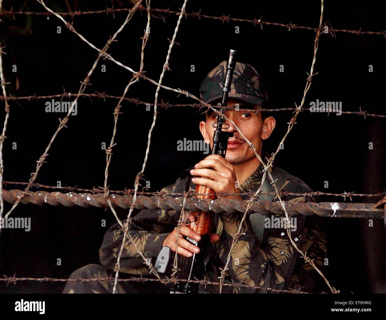 Indian army was called to help when Deccan Mujahideens attacked Taj Mahal & Oberoi hotels ; Bombay Mumbai ; - Stock Image