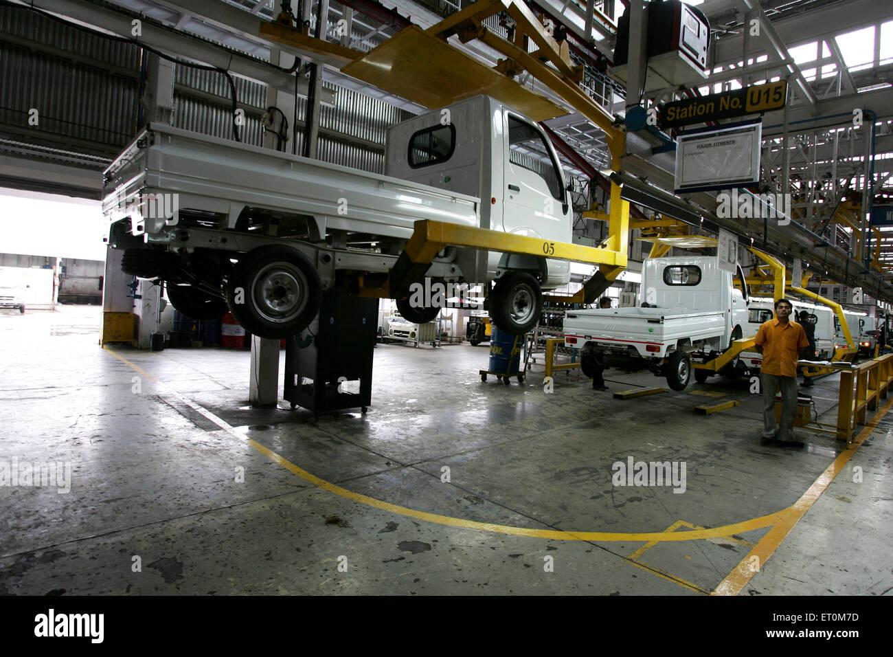 Tata motors new range of mini matador Tata Ace commercial vehicle workshop Tata motors plant ; Pimpri Pune - Stock Image