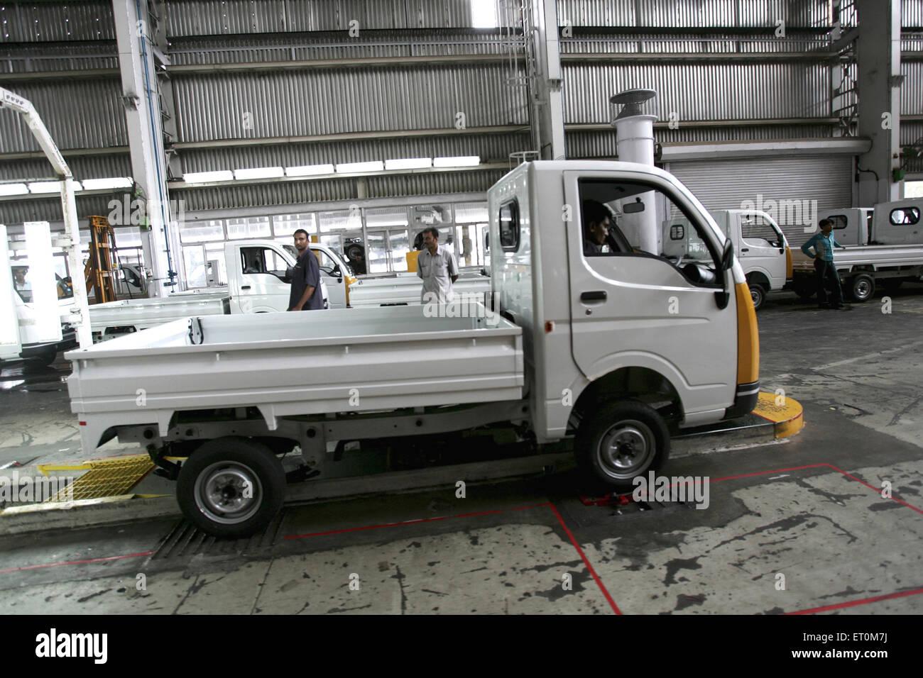 Tata motors new range mini matador Tata Ace commercial vehicle workshop Tata motors plant ; Pimpri Pune - Stock Image