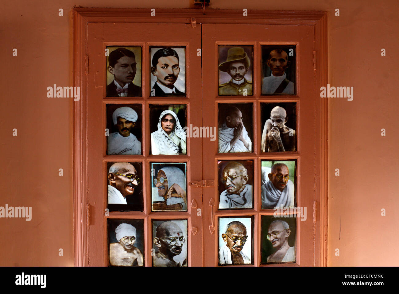 Photographs of Mahatma Gandhi with wife Kasturba Gandhi at Satyagraha Ashram founded in 25 May 1915 at Kochrab - Stock Image