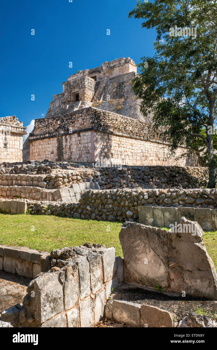 Piramide del Adivino (Magicians House), Maya ruins at Uxmal archaeological site, Yucatan Peninsula, Mexico - Stock Image