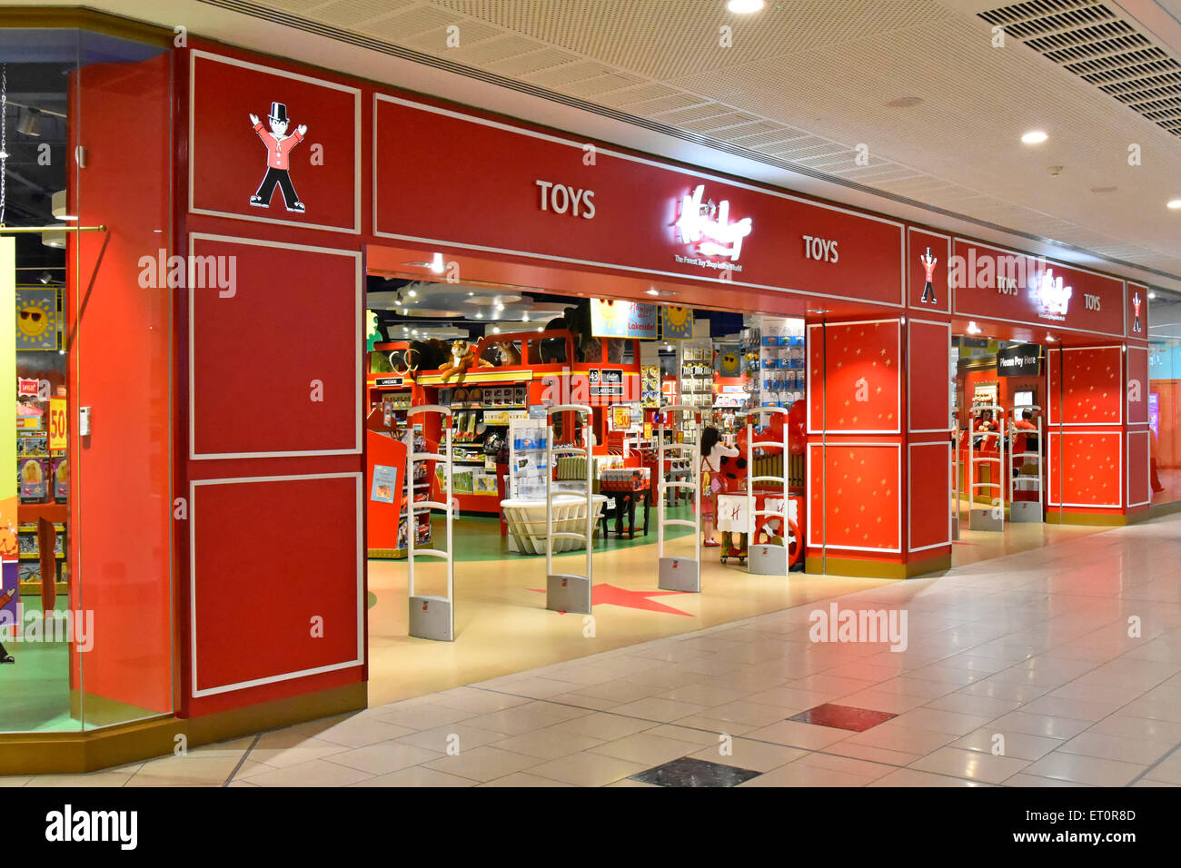 hamleys toy store in the intu lakeside indoor shopping mall at west stock photo 83611485 alamy. Black Bedroom Furniture Sets. Home Design Ideas