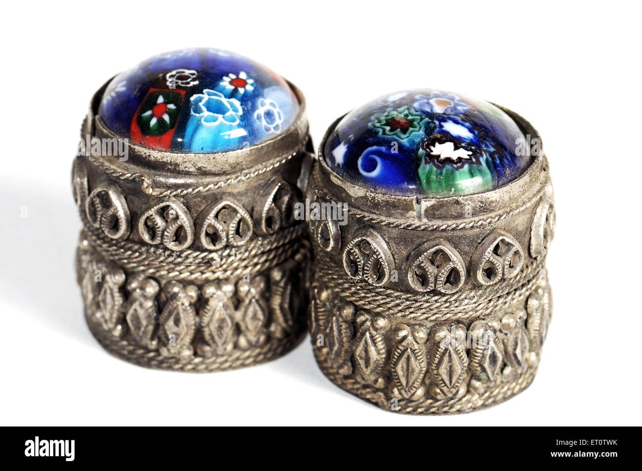 Handicraft ; engraved design with stones on box ; India - Stock Image