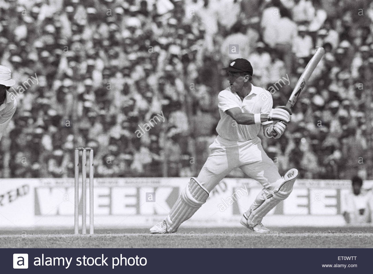 9f3d1fa4 Alec Stewart ; India versus England ; cricket match 1987 ; Kanpur ; India  NOMR -
