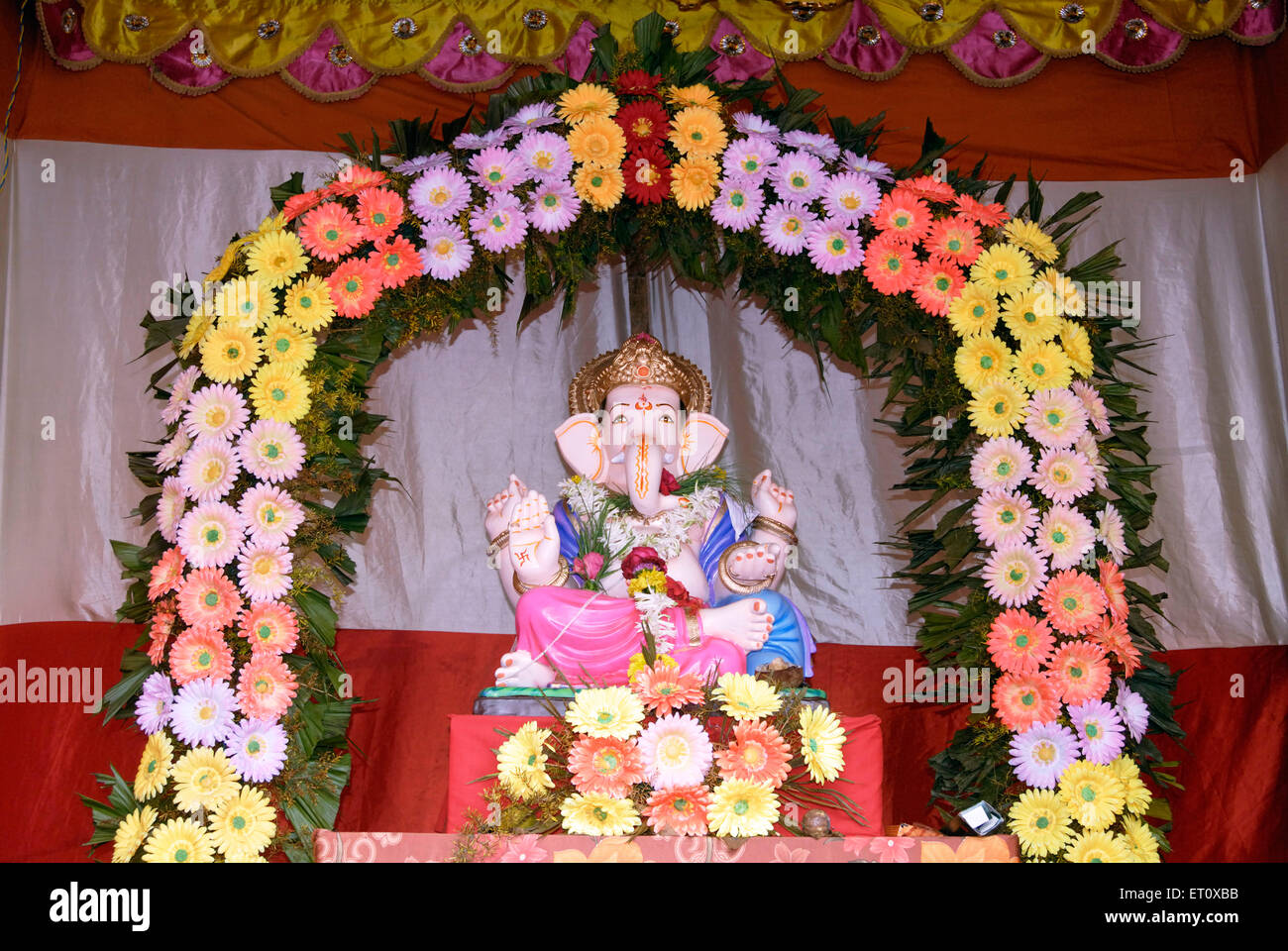 Artificial Flower Decoration For Ganpati | Billingsblessingbags.org for Flower Decoration Ideas For Ganpati  131fsj