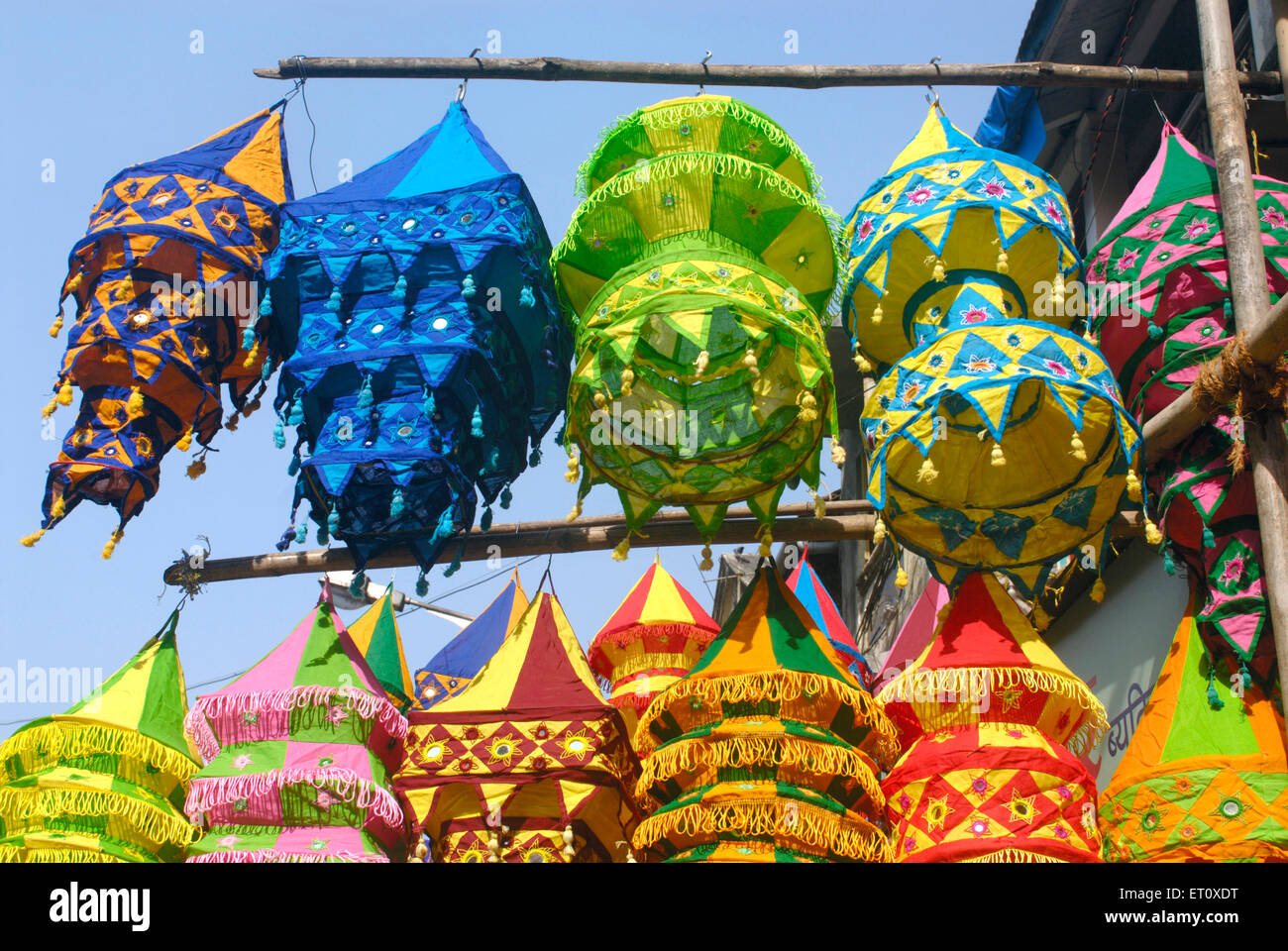 Colourful lanterns cloth lampshades handicraft work akashkandil hang colourful lanterns cloth lampshades handicraft work akashkandil hang shop sell celebrating diwali festival dadar bombay mozeypictures Image collections