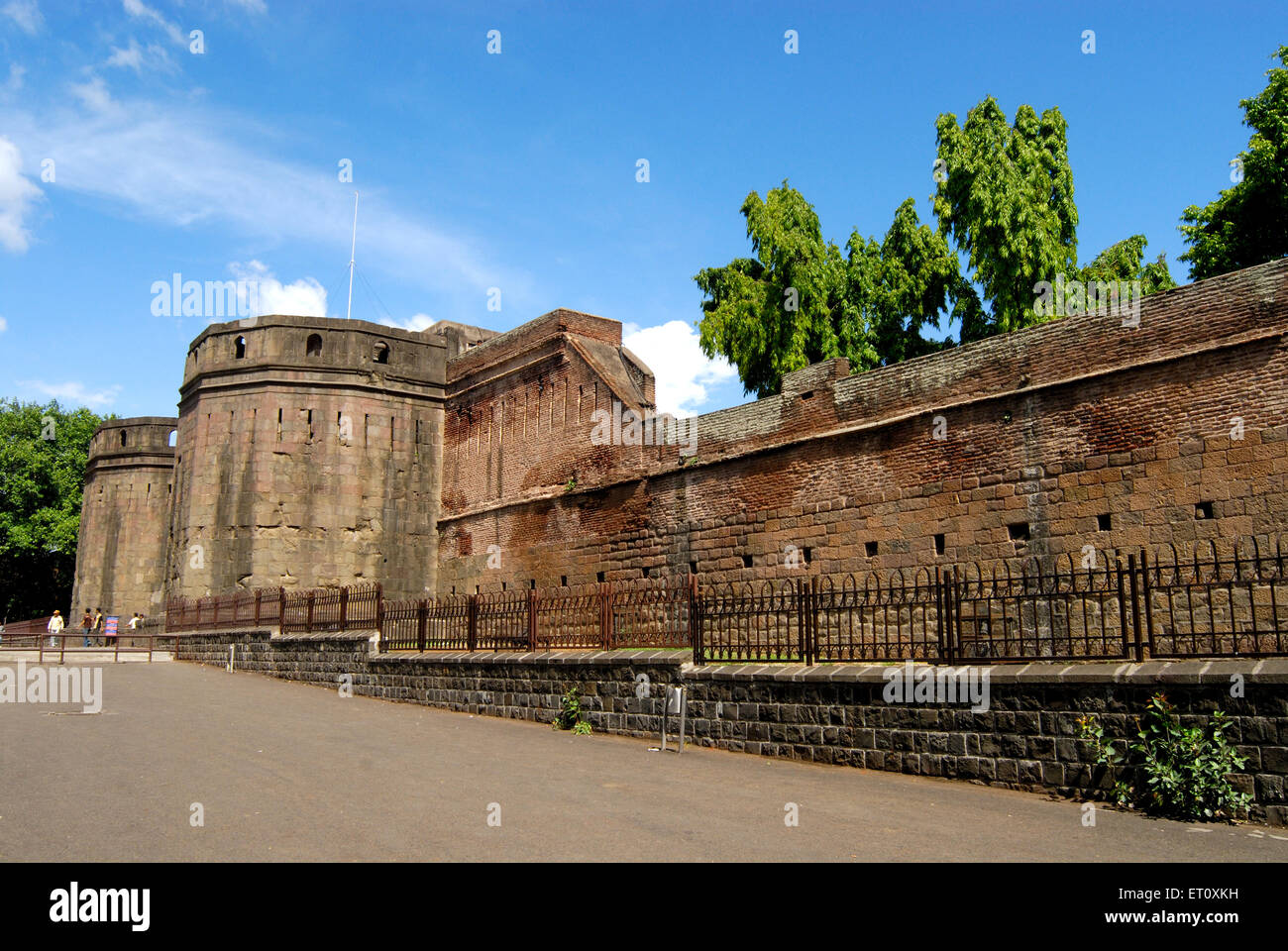 Delhi darwaja with massive bastion at shanwarwada shaniwar wada ; Pune ; Maharashtra ; India - nmk 167416 - Stock Image