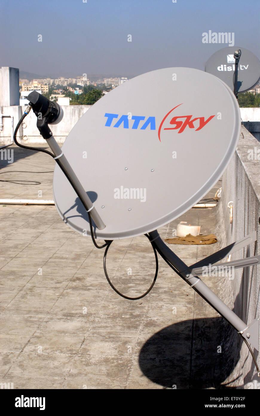 Satellite Tv Stock Photos & Satellite Tv Stock Images - Alamy